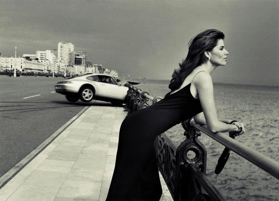 «Убийственное платье». Из рекламной кампании Wallis, 1997. Фотограф Боб Карлос Кларк