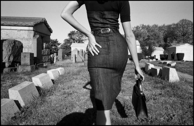 «Похороны мафиози», Нью-Йорк, 2005. Фотограф Брюс Гилден