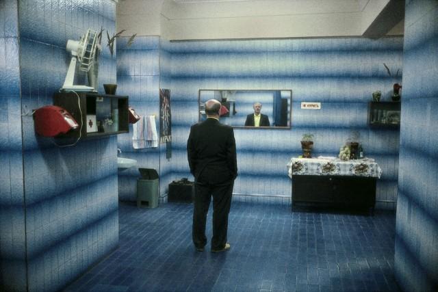 Уборная в гостинице. Москва, Россия, 1989. Фотограф Гарри Груйер