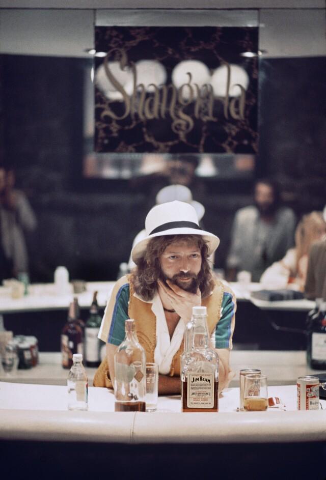 Эрик Клэптон на фото для обложки альбома No Reason to Cry, 1976. Фотограф Эд Караефф