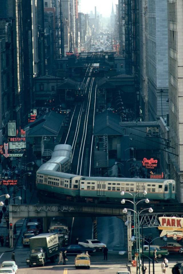 Железная дорога в Чикаго, 1967. Фотограф Джеймс Л. Стэнфилд