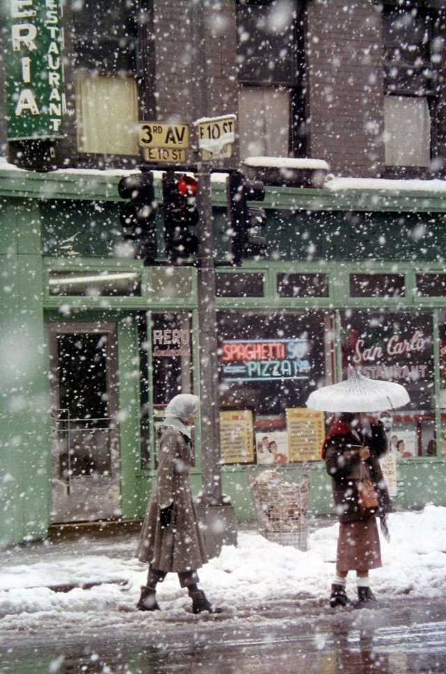 Ресторан Сан-Карло, Нью-Йорк, 1952. Фотограф Сол Лейтер