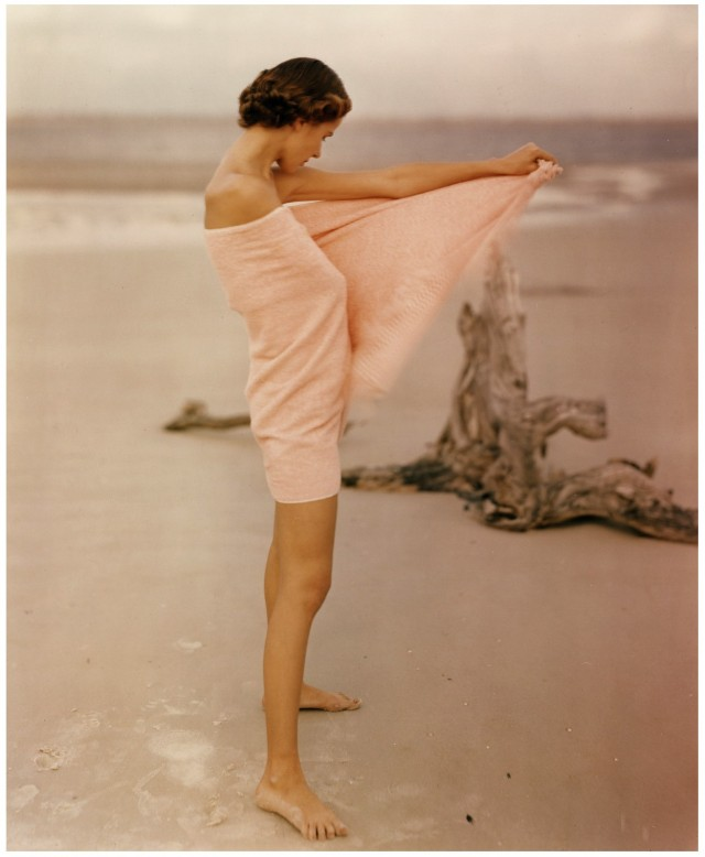 Модель Кэрол МакКоллсон, 1948. Фотограф Фрэнсис МакЛафлин-Гилл