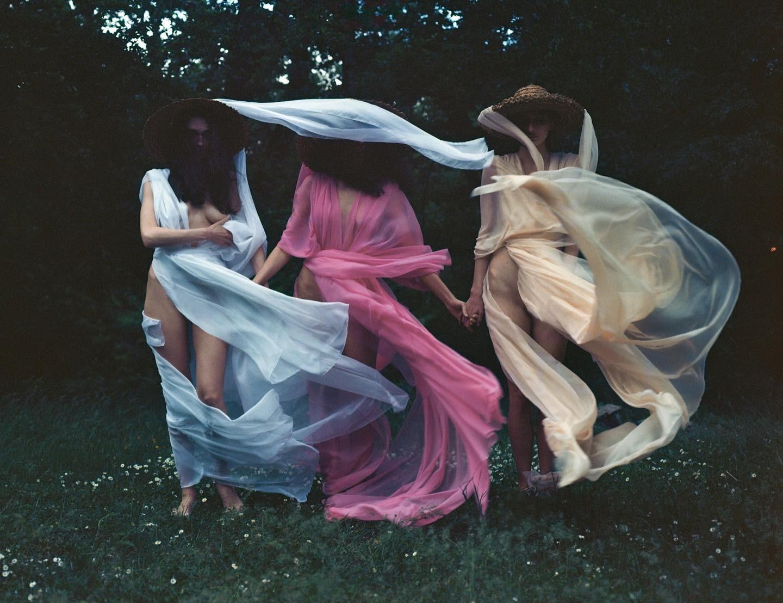 Нимфы лета. Фотограф Мариам Сичинава