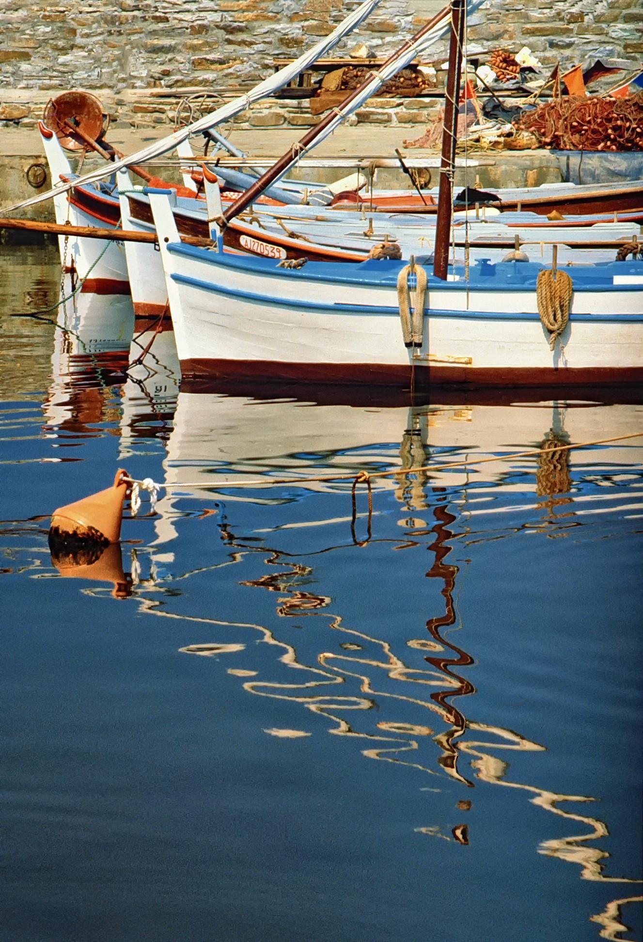 Лодки. Эрбалунга, Корсика, Франция, 1980. Фотограф Эрик Хайбрехтс
