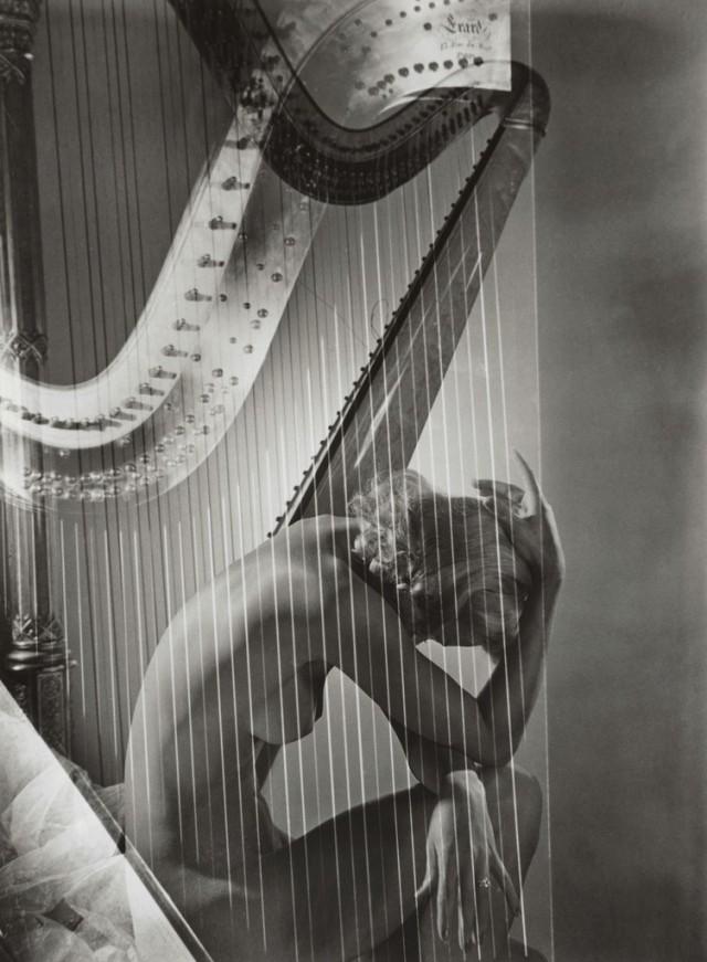 Лиза с арфой, 1939. Фотограф Хорст П. Хорст