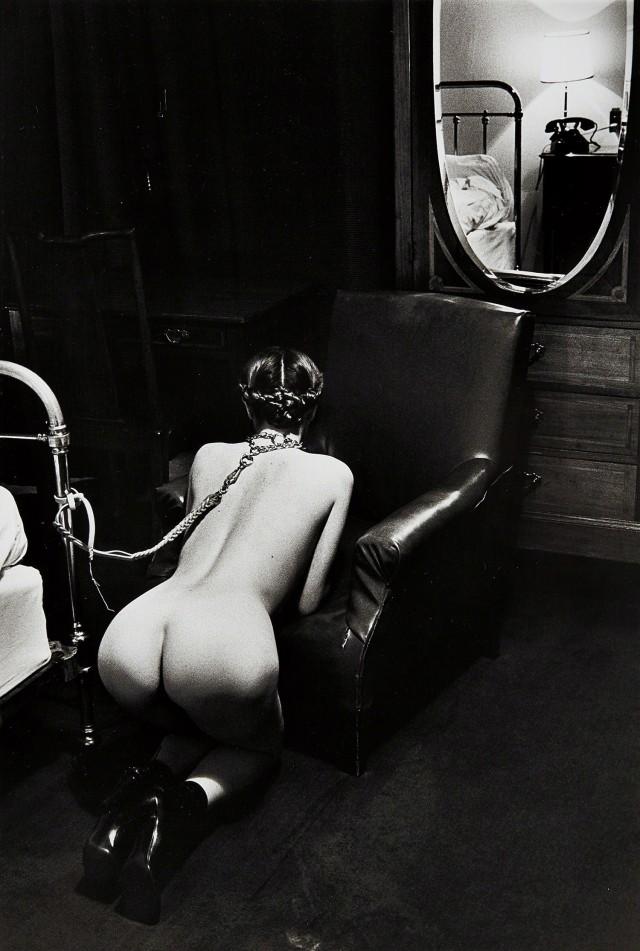 Фантазии в гостиничном номере, Париж, 1976. Фотограф Хельмут Ньютон