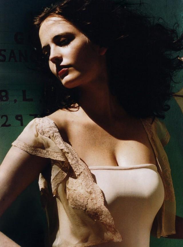 Ева Грин для французского журнала Elle, май 2005 года. Фотограф Сильви Ланкренон