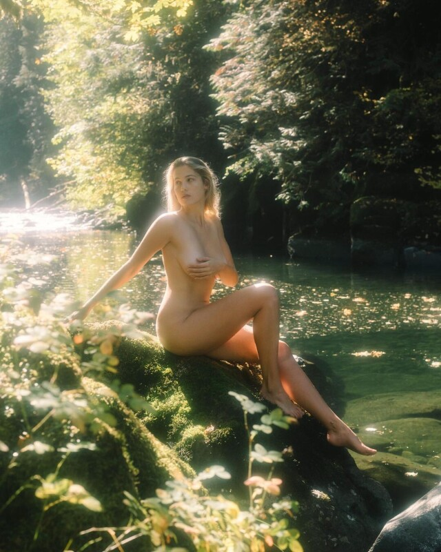 Модель Меган Мур для Playboy, 2019