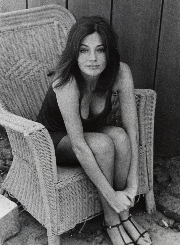 Жаклин Биссет, 1968. Фотограф Рон Галелла