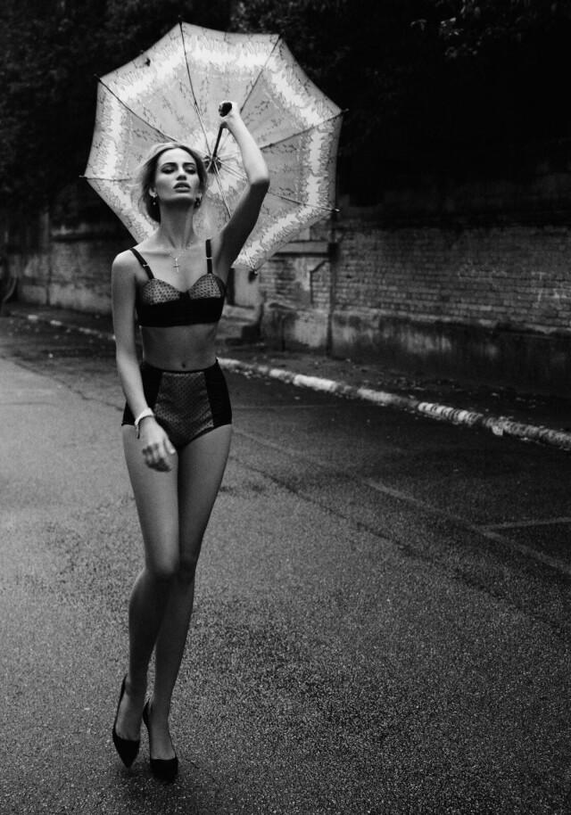 Лорис Кремерх, Elle, 2011. Фотограф Боб Вулфенсон