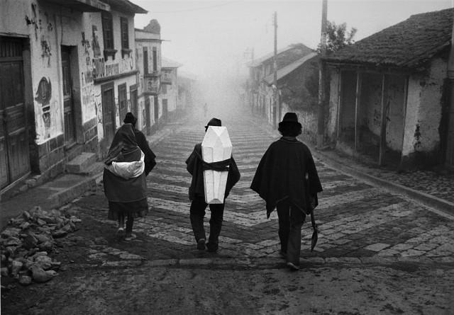 Дорога к вечности. Эквадор, 1988. Фотограф Флор Гардуньо