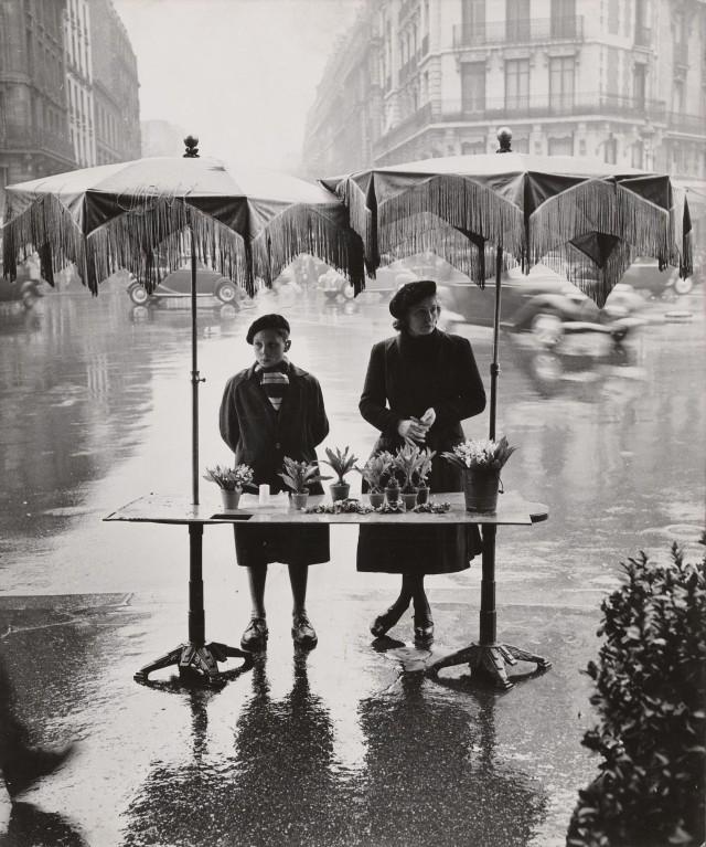 Май. Париж, 1958. Фотограф Изис Бидерманас