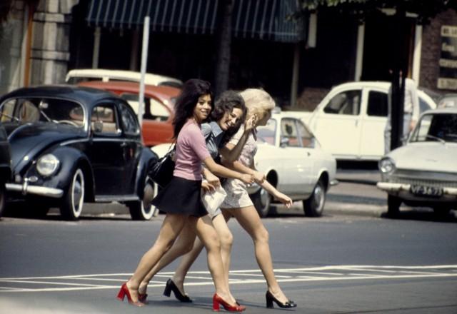 Амстердам, 1967. Фотограф Эд ван дер Элскен