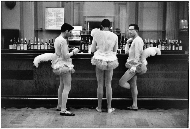 Нью-Йорк, 1956. Фотограф Эллиотт Эрвитт