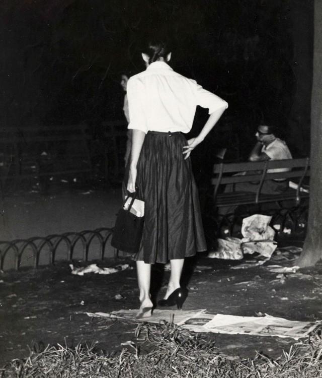 Девушка с проблемой, 1940. Фотограф Виджи
