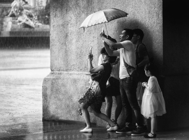 Дождь в Милане, Италия. Фотограф Petricor Photography