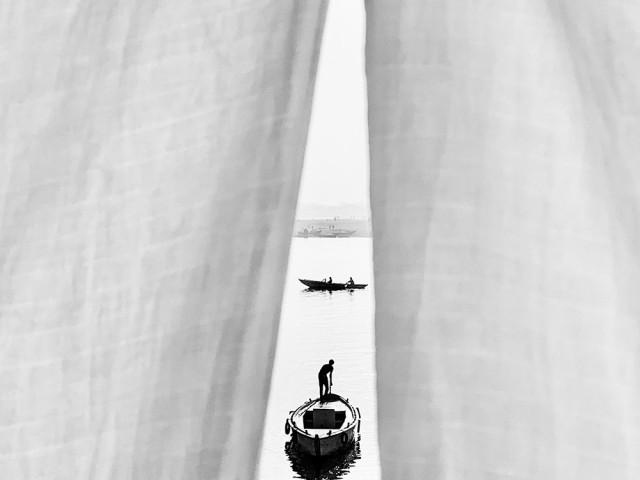 Лодки, Варанаси. Фотограф Хосе Луис Барсия
