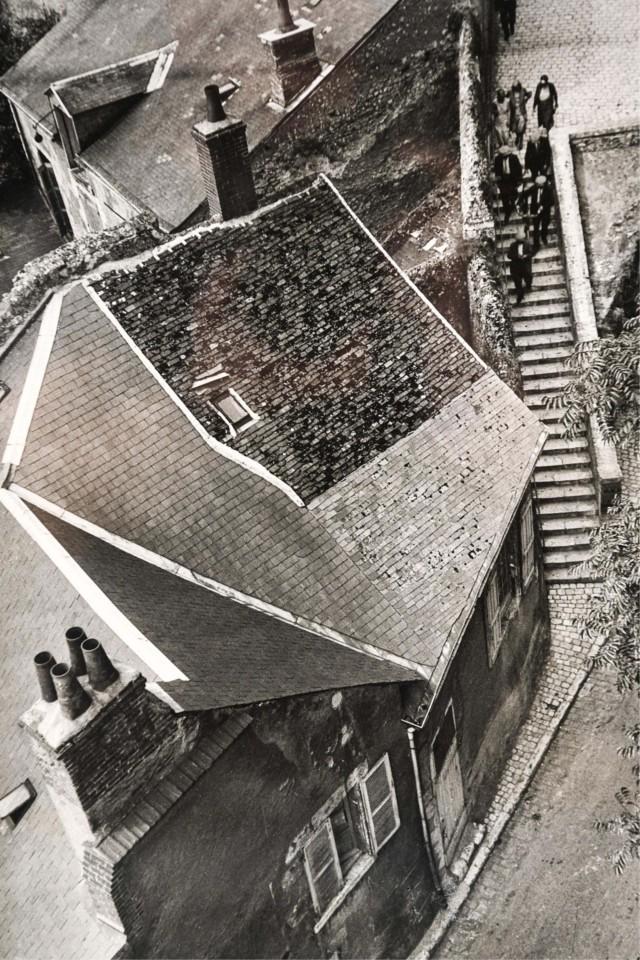 Крыши Франции, 1938. Фотограф Андре Кертес