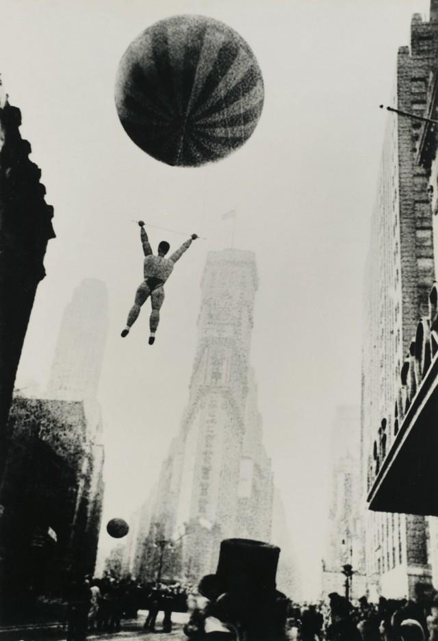 «Парад Мэйси», Нью-Йорк, 1948. Фотограф Роберт Франк