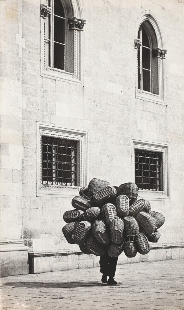 Корзинщик, 1968. Фотограф Ладислав Гавлик