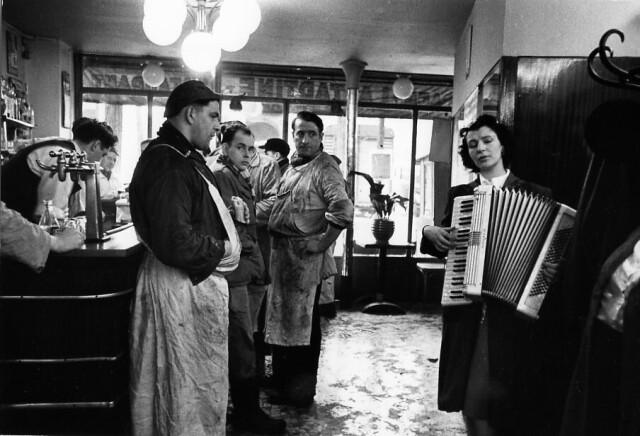 Мясники-меломаны, Париж, 1953. Фотограф Робер Дуано