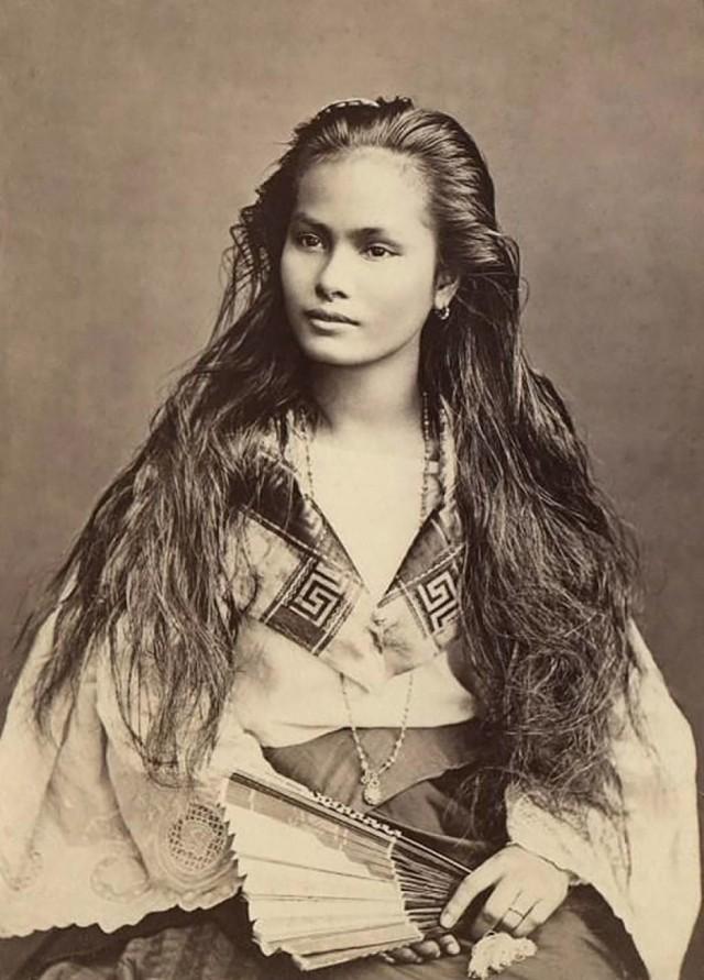 Женщина с острова Лусон, Филиппины, 1875. Фотограф Франциско Ван Кэмп