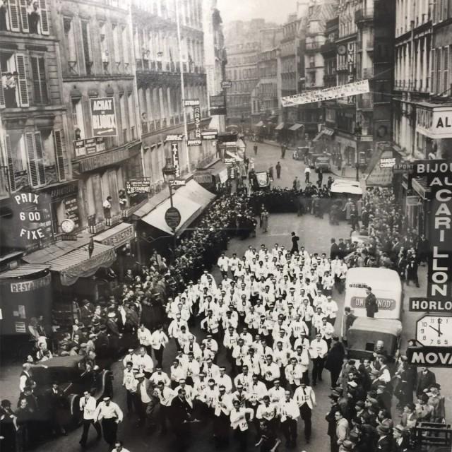 Забег официантов в Париже, начало 20-го века