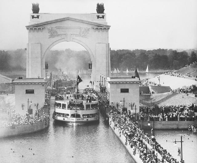 Открытие Волго-Донского судоходного канала, 1952. Фотограф Евгений Халдей