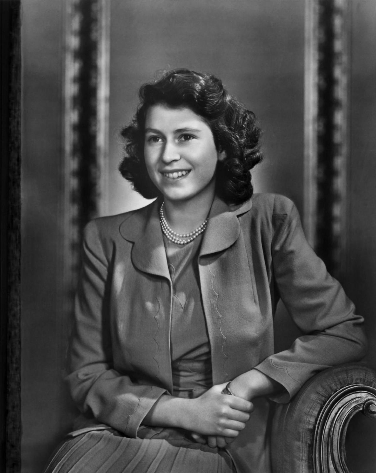 Принцесса Елизавета (будущая королева Елизавета II), 1943. Автор Юсуф Карш