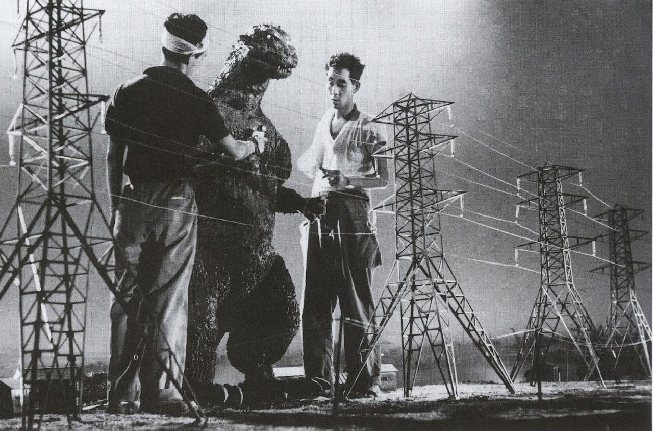 Съёмки первого фильма о гигантском ящере до компьютерных спецэффектов. «Годзилла», 1954