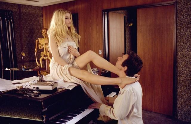 Летиция Каста и Серж Генсбур на съёмках фильма «Генсбур. Любовь хулигана», 2010