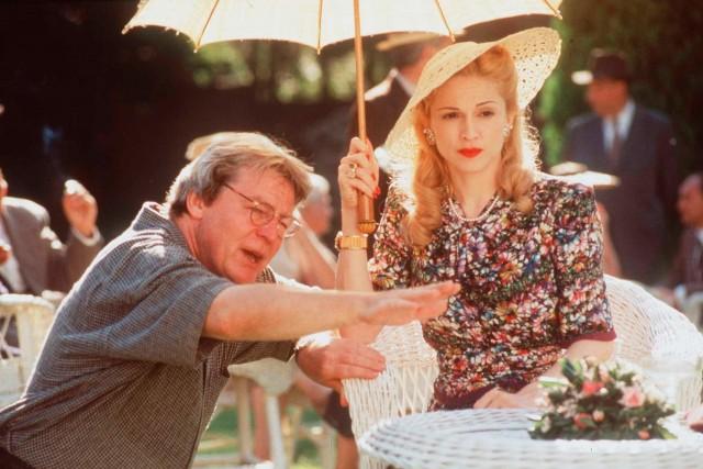 Режиссёр Алан Паркер и Мадонна на съёмках фильма «Эвита», 1996