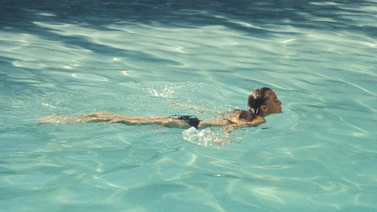 Роми Шнайдер в детективе «Бассейн» режиссёра Жака Дере, 1969