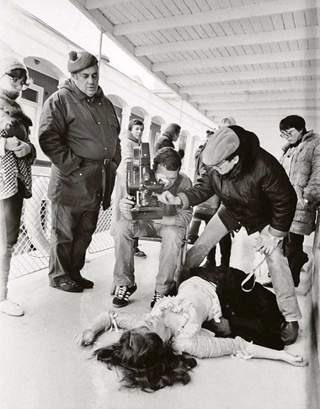 Съёмки фильма режиссёра Эльдара Рязанова «Жестокий романс», 1983