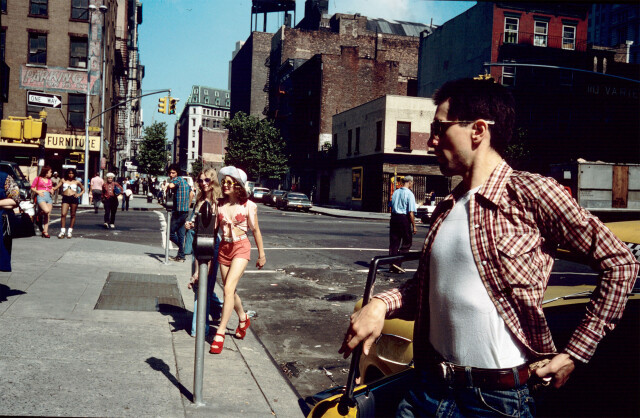 Джоди Фостер и Роберт Де Ниро на съёмках фильма «Таксист» (1976). Фотограф Стив Шапиро