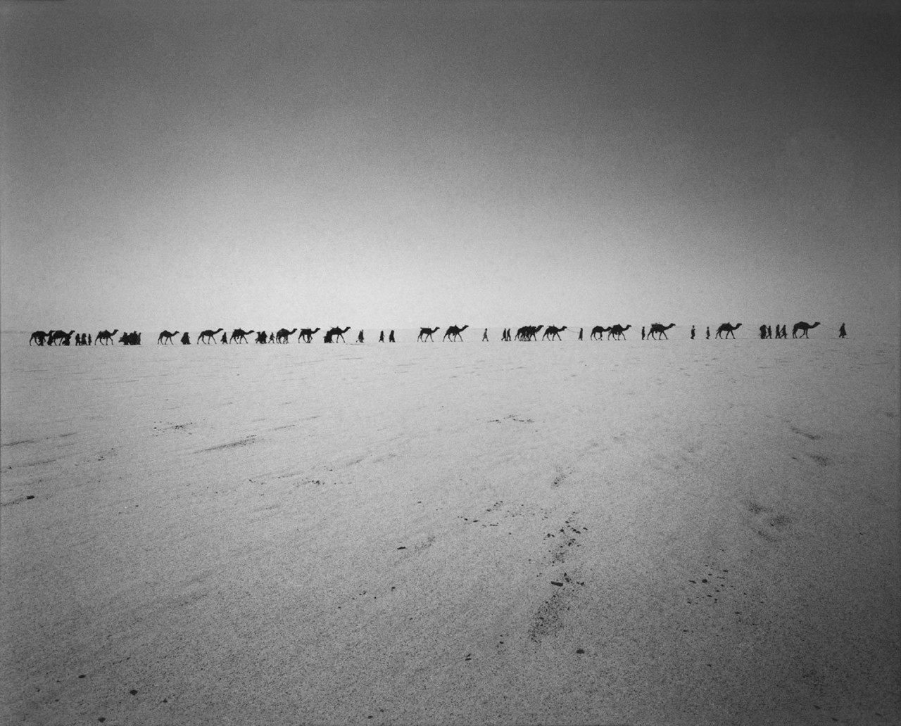 Перед бескрайней Африкой. Пустыня Тенере, Нигерия, 1989. @ Раймон Депардон