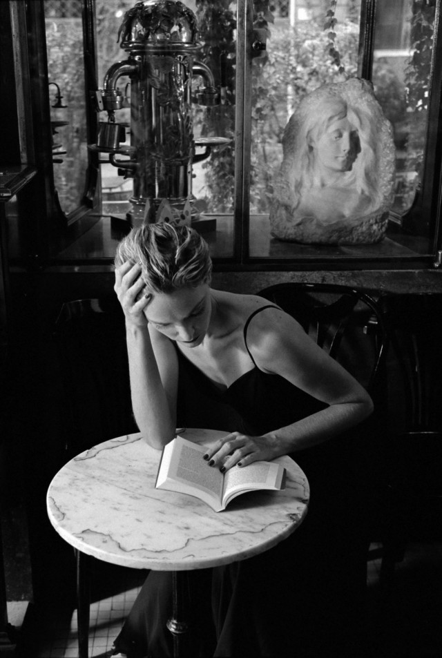 В Caffè della Pace, Рим, Италия, 1997. Фотограф Фердинандо Шанна