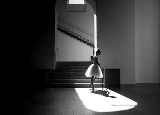 Балерина в Мюнхенской академии художеств. Фотограф Паскаль Мюллер