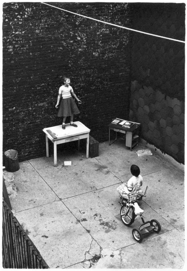 «Один зритель – всё, что нужно для концерта». Бруклин, Нью-Йорк, 1955. Фотограф Уильям Гедни