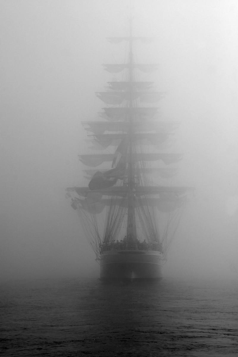 Корабль-призрак, ок. 1900. Фотограф неизвестен