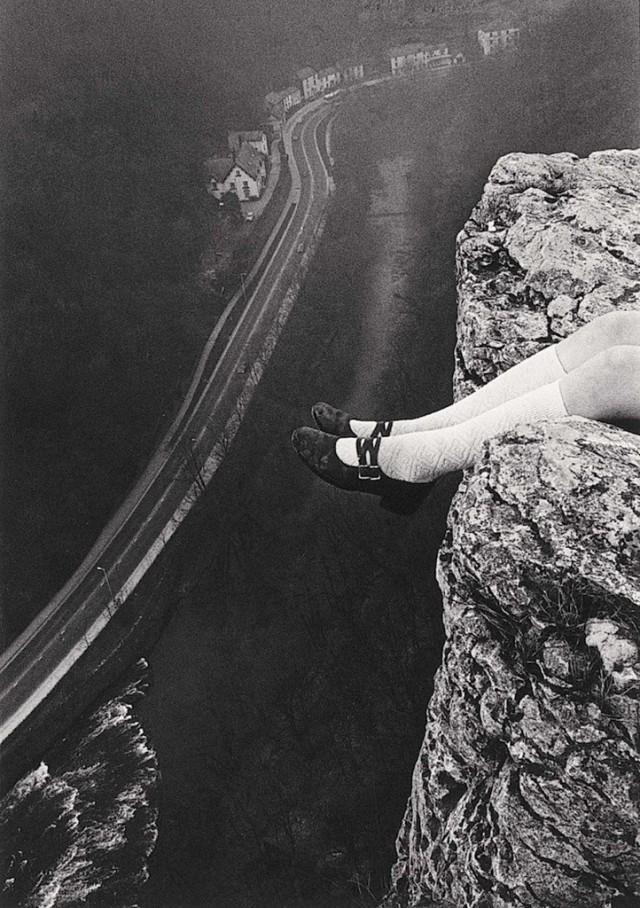 Над утёсом Хай-Тор, Мэтлок, графство Дербишир, 1975. Фотограф Пол Хилл