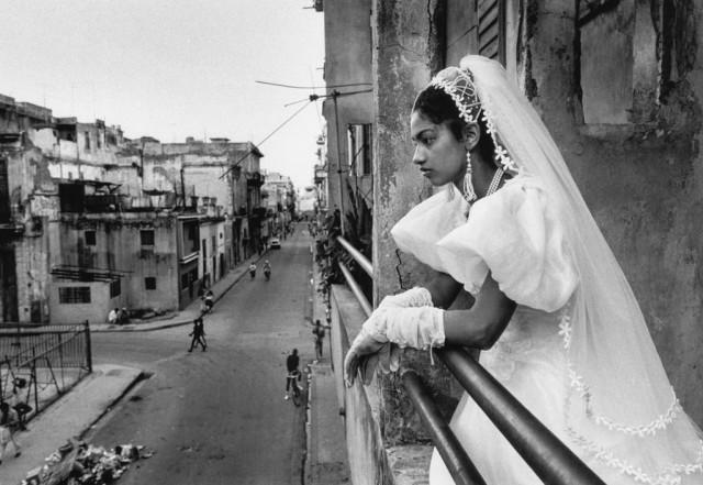 «Невеста». Гавана, Куба, 1990-е. Фотограф Йордис Антониа Шлёссер