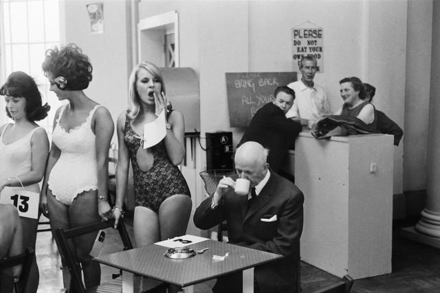 Конкурс красоты, Саутпорт, Англия, 1967. Фотограф Тони Рэй-Джонс