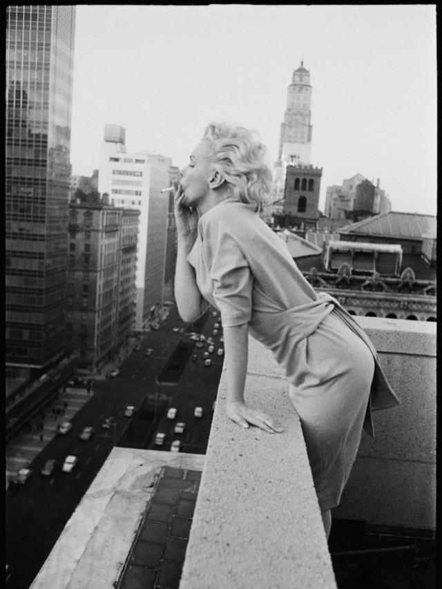 Мэрилин Монро, Нью-Йорк, 1955. Фотограф Эд Файнгерш