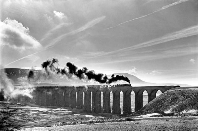 Виадук на железной дороге Сеттл-Карлайл, Йоркшир, 1986. Фотограф Денис Торп
