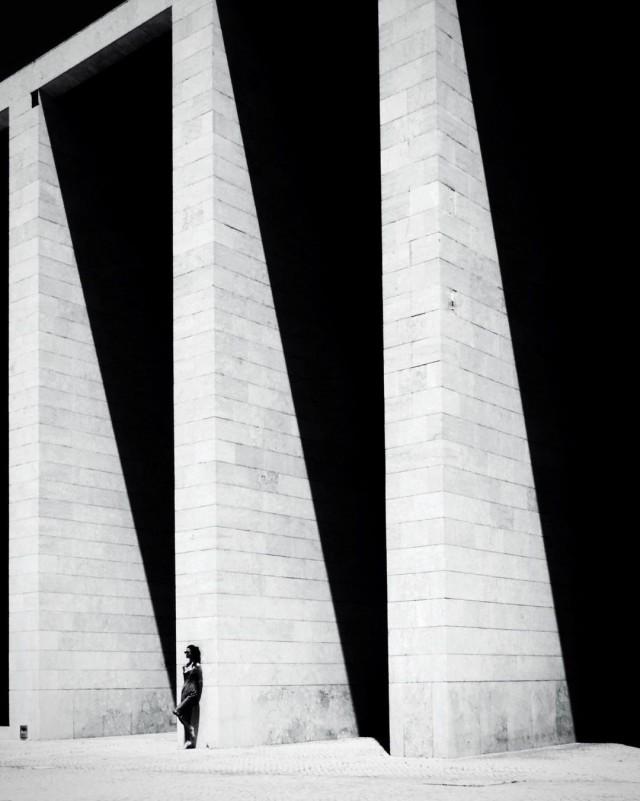 Уличная геометрия, Лиссабон. Фотограф Карлос Мансо