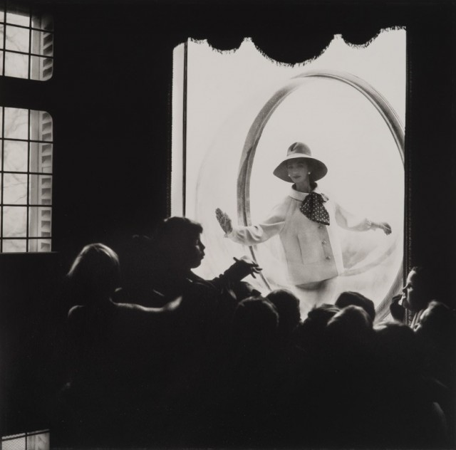 Школьное окно, Париж, 1963. Фотограф Мелвин Сокольский