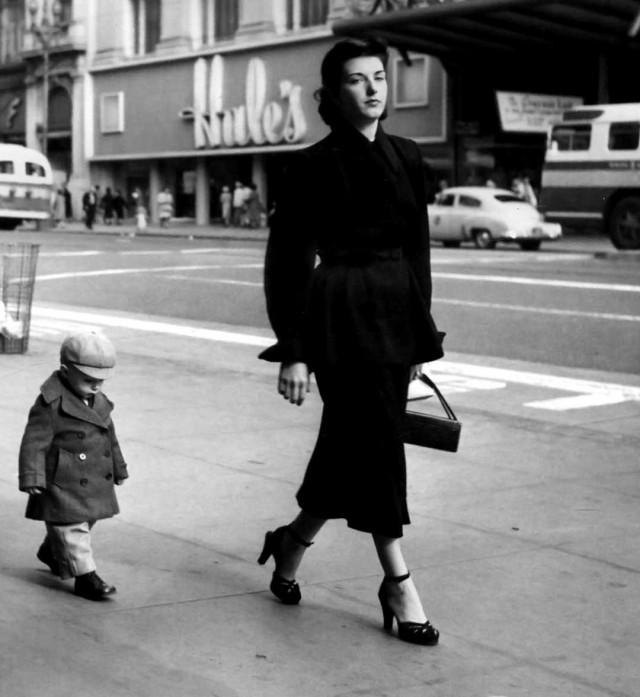 Мама с ребёнком, Сан-Франциско, 1952. Фотограф Доротея Ланж