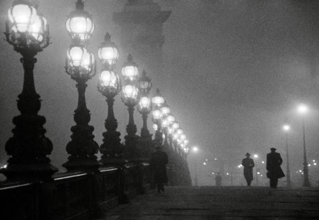 Мост Александра III, Париж, 1957. Фотограф Вилли Рони